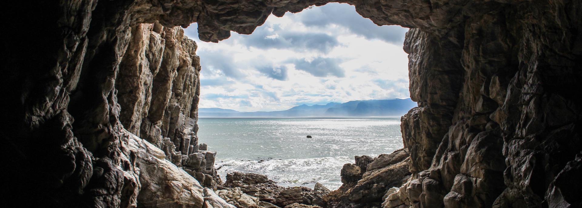 Grotte da visitare in Liguria: Borgio Verezzi e Toirano