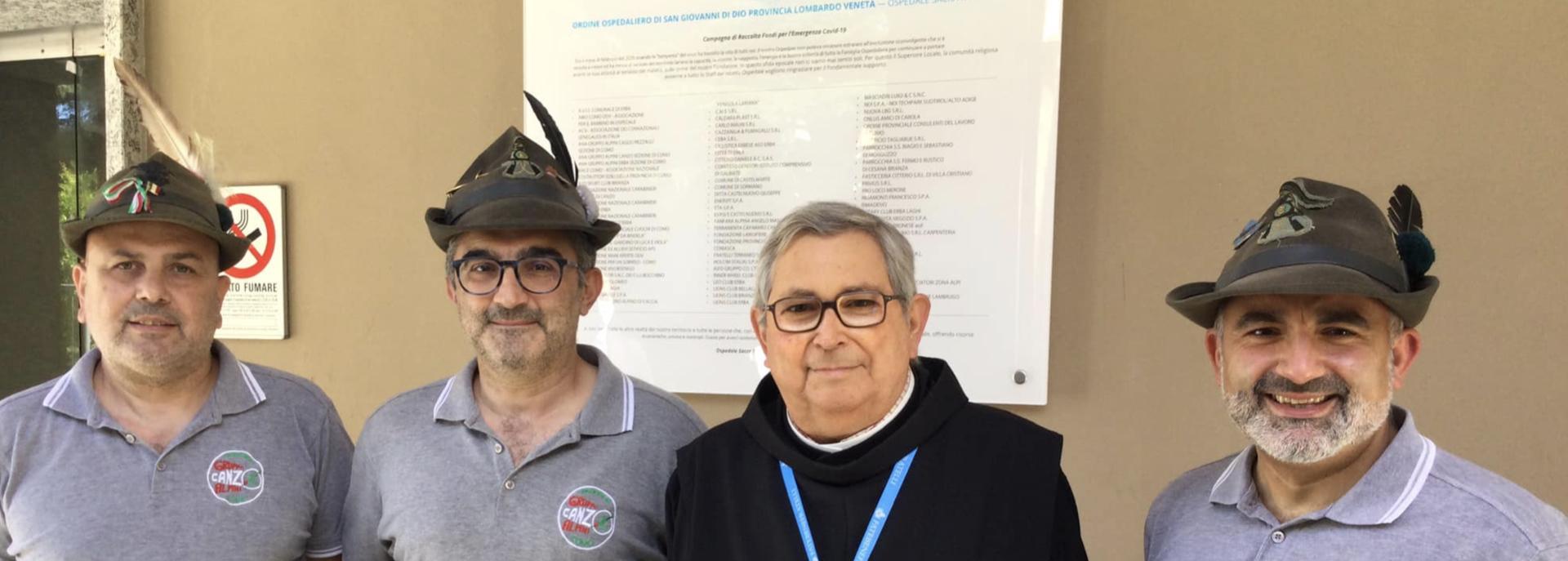 Ospedale Sacra Famiglia, stelle alpine per Ricominciare: l'aiuto solidale del Gruppo Alpini Canzo